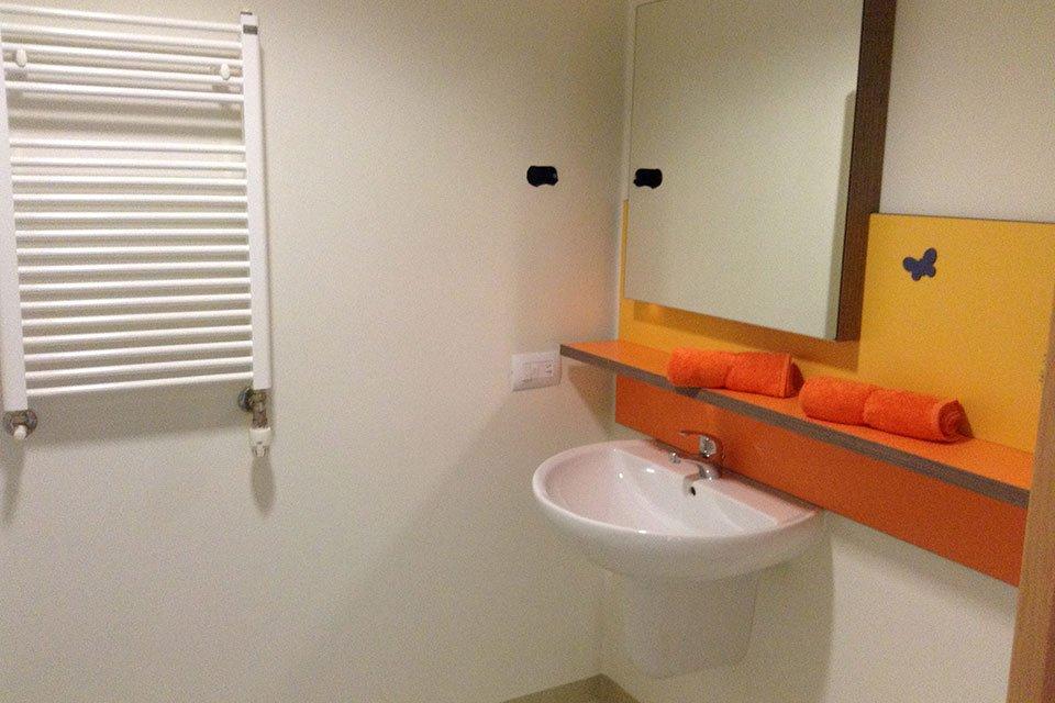Accessori Bagno Ospedali.Arredo Camere Di Degenza Ordinaria E Complementi Bagno