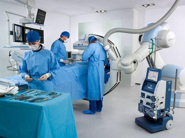La Fondazione Nuovo Ospedale Alba-Bra aiuta la formazione ultra specialistica per il nosocomio a Verduno